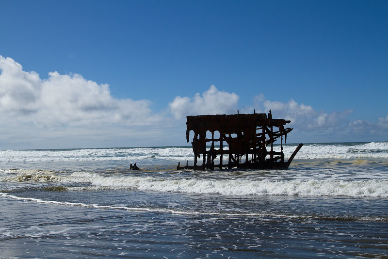 Peter Iredale shipwreck, Oregon