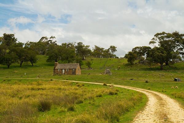 Old cottage near Kosciuszko, Australia